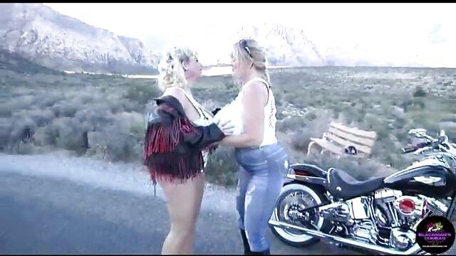 آنجلینا کاسترو دانلود فیلم سینمایی سکسی جدید طول می کشد دوچرخه به گاراژ!