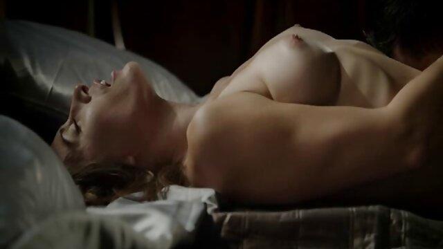 سوفیا فضل fucks در تغذیه الاغ خود فیلم سینمایی سکس رایگان را برای دسر